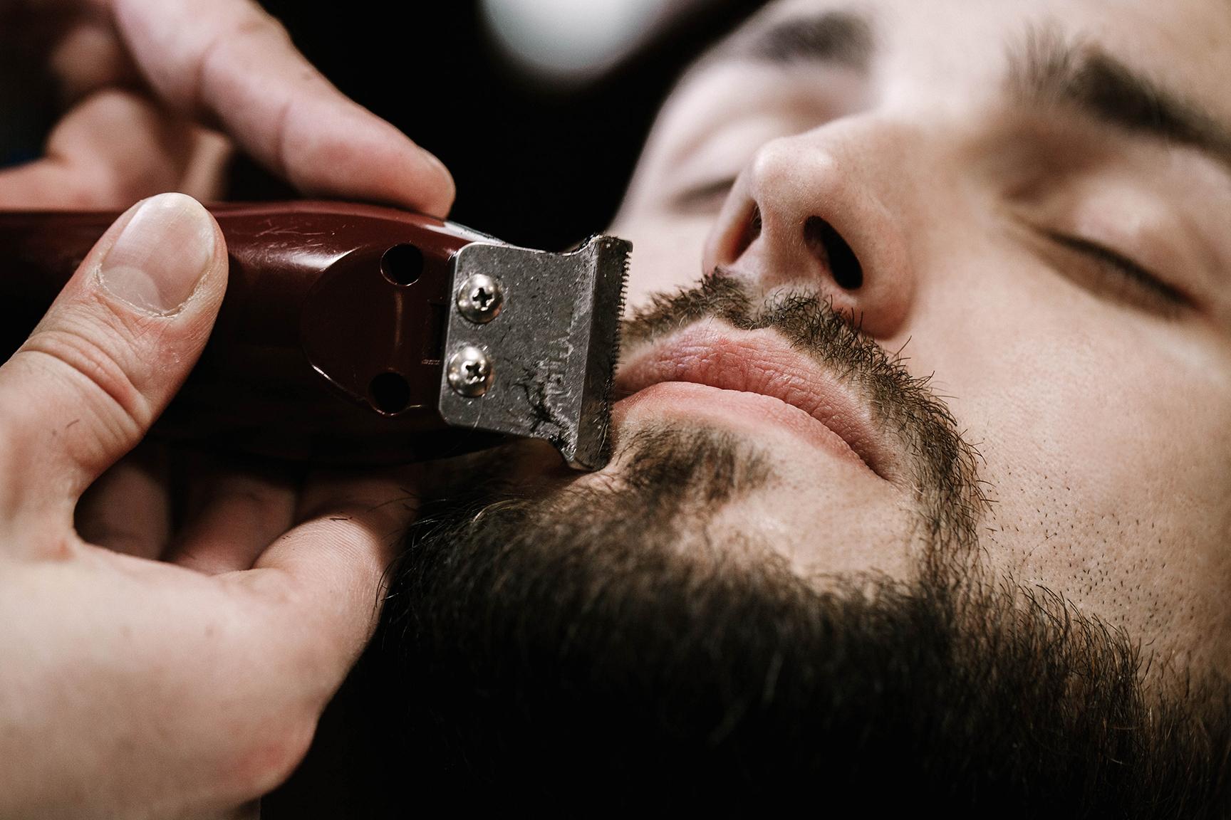 4 sprawdzone sposoby na podrażnienia po goleniu